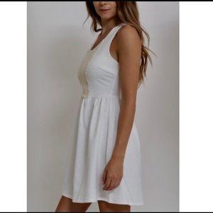 Dresses & Skirts - FAV PICK💗White Dress with Crochet Details& Zipper